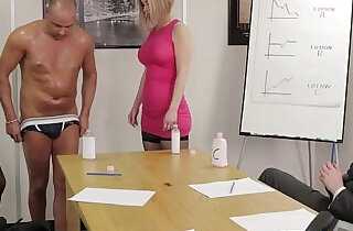 Office femdom affair with Chantelle Fox in top 오피스 섹스 videos