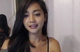 SmilesNKisses MFC leaked TRUPrivate spreads legs and touch herself