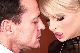 Busty amateur girlfriend mouth creampie
